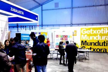 Gaztelueta: alumnos colaboran con Unesco Etxea y Zabalketa (Feria de la Solidaridad)