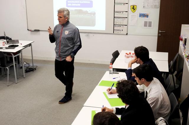 Gaztelueta: sesión de entrenadores con el Athletic Club