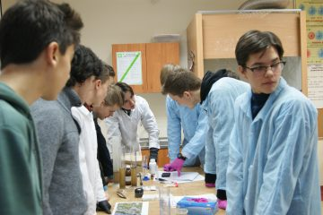 Equipo Gaztelueta explica Forensic Science en Varsovia (Polonia)