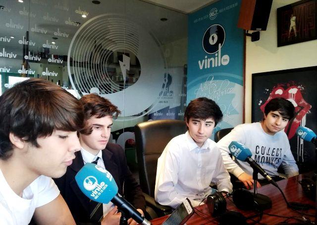 """""""Alineación Indebida"""" Bachillerato en Radio Vinilo FM"""